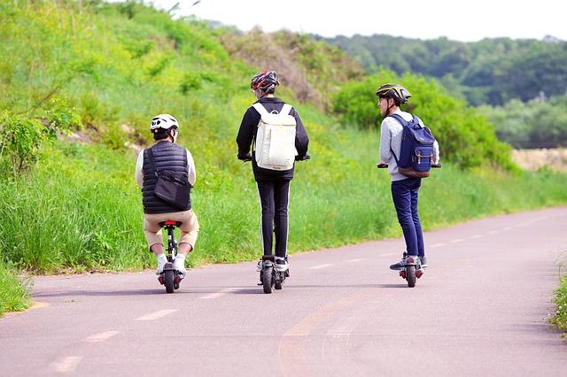 """בית המשפט העליון: אופניים וקורקינטים חשמליים אינם """"רכב מנועי"""""""
